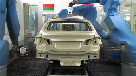 bmw factory robots bmw 650i and 640i paint process at bmw plant youtube