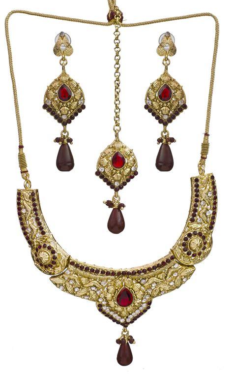 Tika Marun maroon polki necklace set with mang tika