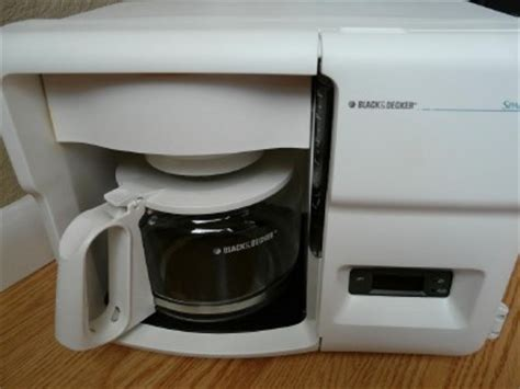 black decker spacemaker coffee maker pot counter