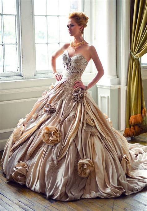7 Most Amazing Dresses From Chicstarcom by Ysa Makino The Most Beautiful Wedding Dresses