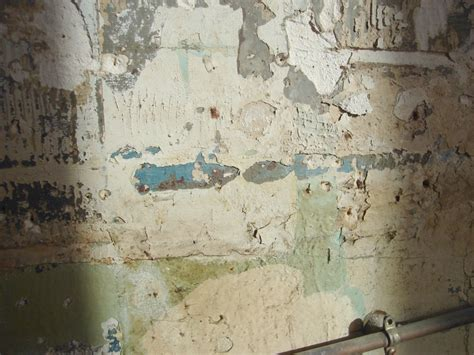 Refaire Platre Mur by Refaire Cloison Abim 233 E Murs En Pl 226 Tre Rebouchages Enduit
