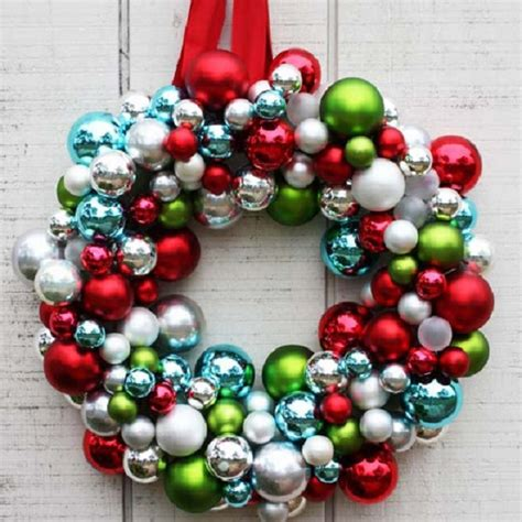 top 10 adorable diy christmas wreaths top inspired