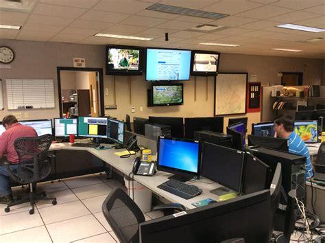 tech office pictures 100 tech office pictures take a look at linkedin