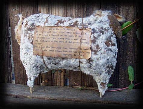 kentucky primitives cupboard sheep  pattern