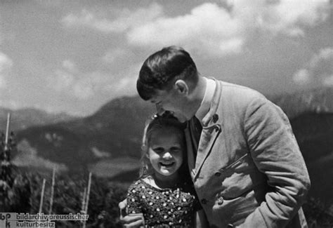 little biography of adolf hitler ghdi image