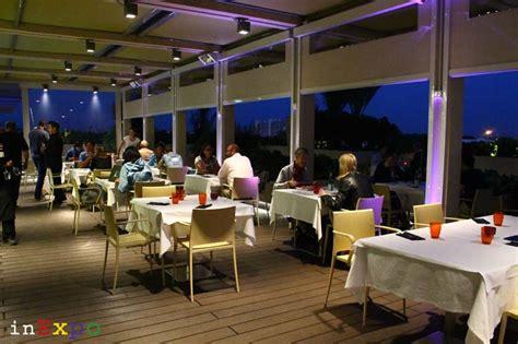 tavoli expo ristorante angolano in expo 2015 in expo