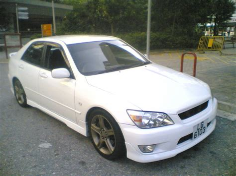 toyota altezza wallpaper 1999 toyota altezza pictures information and specs