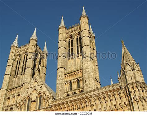 spire lincoln lincoln cathedral spire stock photos lincoln cathedral