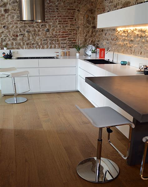 pavimenti in cucina foto cucina con pavimento in legno di valaperta
