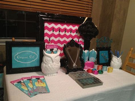 Origami Owl Jewelry Bar Setup - 17 best images about jewelry bar ideas on