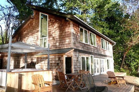 waterfront cabin rental near seattle