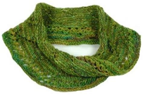 mobius cowl free knitting pattern mobius scarf knitting pattern a knitting