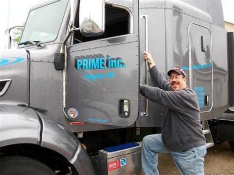 truck driver www imgkid the image kid has it