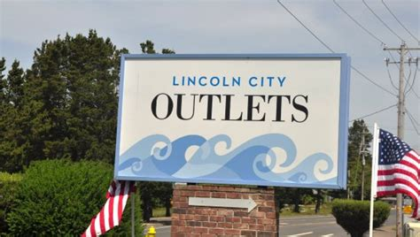 lincoln city outlet photo1 jpg picture of lincoln city outlets lincoln city