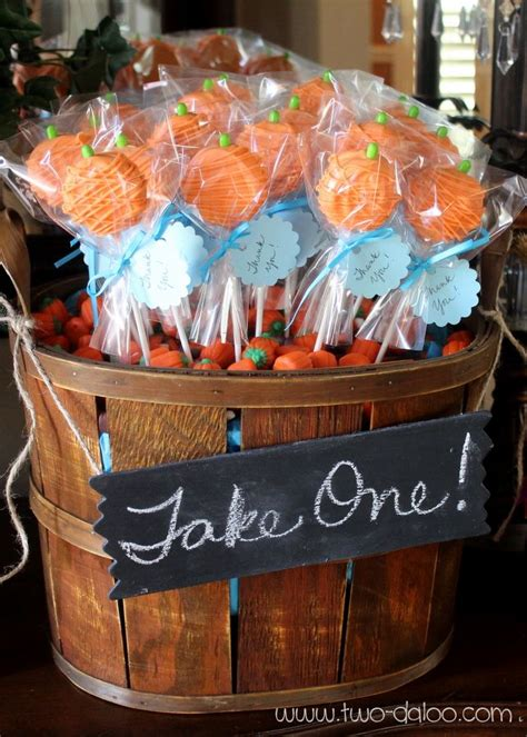 Pumpkin Baby Shower Favors by Best 25 Oreo Pops Ideas On Treat