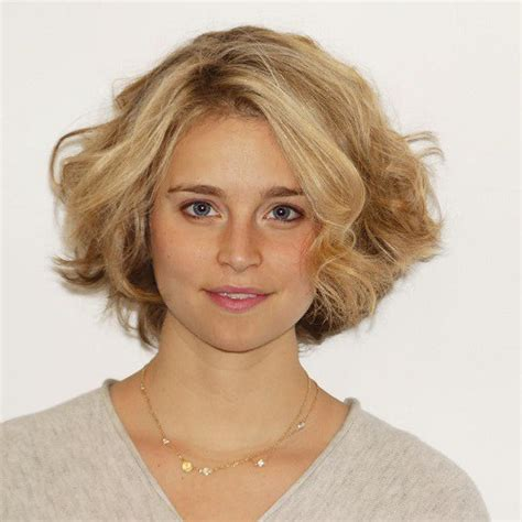 wavy bobs for square faces 50 best hairstyles for square faces rounding the angles
