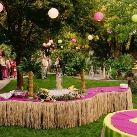 Caribbean Party Decorations Ideas   Party Table