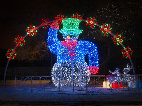 places to go see christmas lights 5 fun and free places to visit during christmas pt money