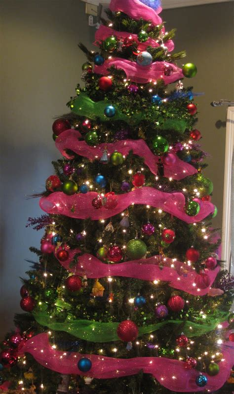 life on old savannah pink and green mantel and christmas