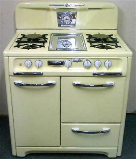 ideas  vintage stoves  pinterest retro