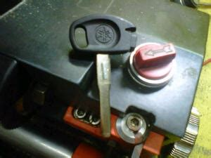 Duplikat Kunci Motor Magnet by Duplikat Kunci Motor Yamaha Mio J Ahli Kunci