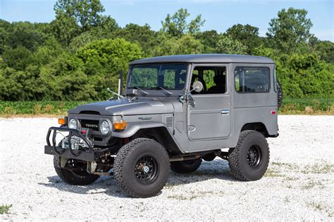 land cruiser fj40 1976 toyota fj40 land cruiser fast cars