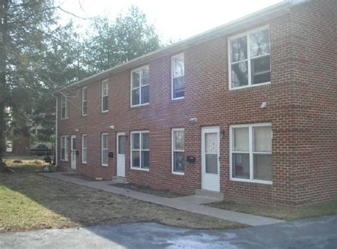 rooms for rent frederick md 1 w 10th st frederick md 21701 rentals frederick md apartments
