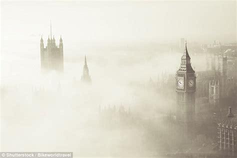december s darkest day while i breathe i books mystery of s killer fog in 1952 revealed in new