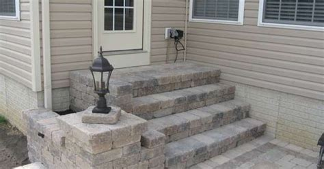 diy raised paver patio paver patio for raised foundation house landscaping lawn care diy chatroom diy home
