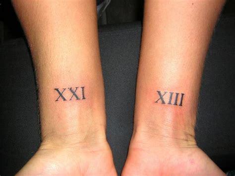 r 246 misches datum am handgelenk tattoo bewertung de