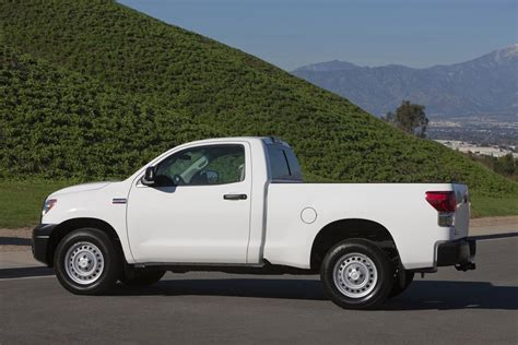 2012 Toyota Tundra Mpg 2012 Toyota Tundra Review Specs Pictures Price Mpg