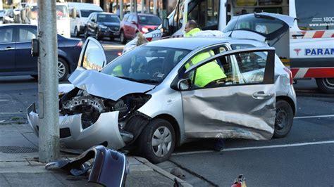 bence car photos serious sturt crash causes cbd chaos the border mail