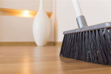 can you use steam cleaner on engineered wood floor