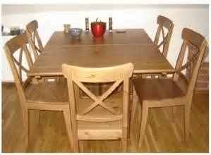 chaise en bois a vendre table de lit