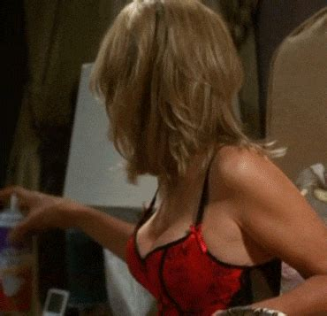 courtney-thorne-smith-in-the-nude