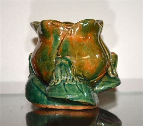 Frog Vase frog vase planter collectors weekly