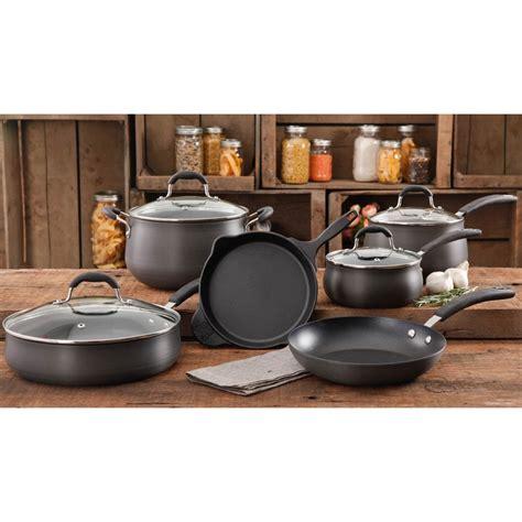 bring back men s cologne pioneer woman home garden pioneer woman vintage aluminum 10 pc cookware set