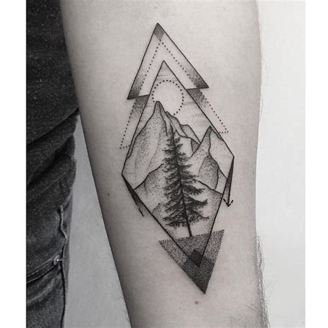 25 beautiful geometric mountain tattoo ideas on pinterest