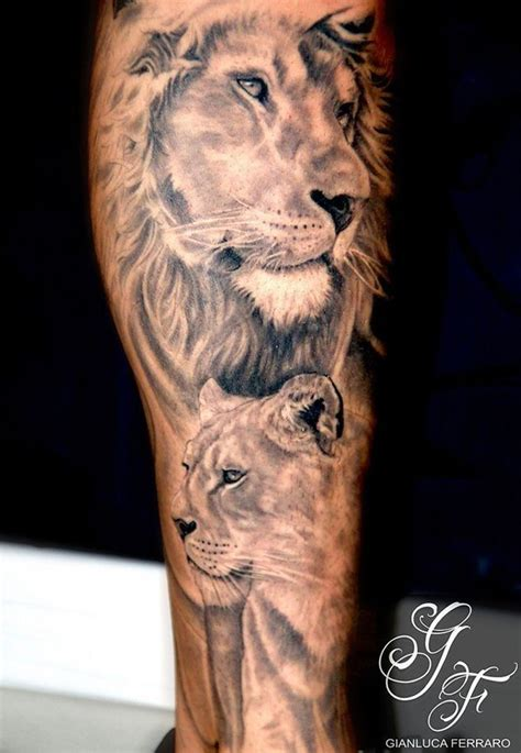 queen lion tattoo the 25 best ideas about lion and lioness tattoo on