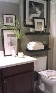 Small Guest Bathroom Decorating Ideas 17 Best Ideas About Decorating Bathrooms On Pinterest