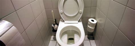 Faire Des Toilettes Sèches by Insolite Le Site Pour Savoir O 249 Faire Pipi Dans Le Monde