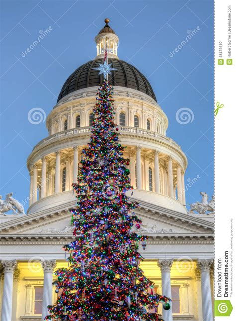 sacramento capital christmas decorations sacramento capitol gets tree kahi