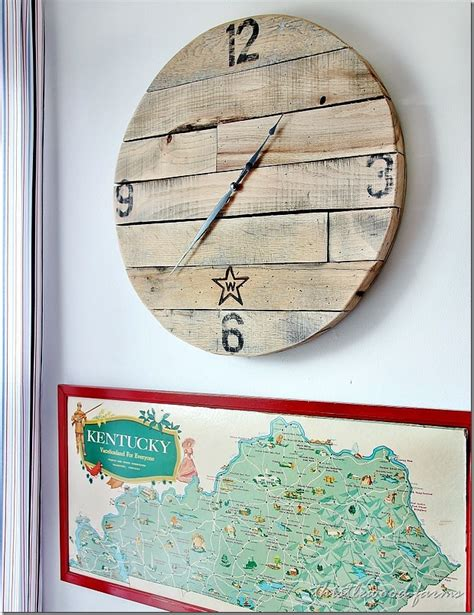 diy clock projects trash to treasure how to make a pallet wood clock thistlewood farm
