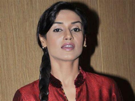 biography of rishi in hitler didi hitler didi serial actress name online torrent movie