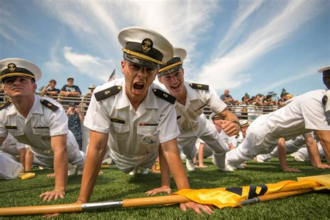 Naval Postgraduate College Mba by U S Naval Academy Trains Students For Success Best