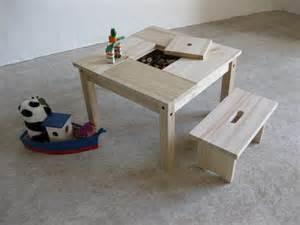 table enfant bois et banc avec rangement