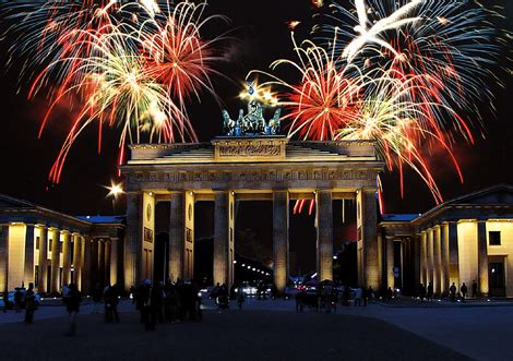 new years eve in berlin 2016 10 great locations to party