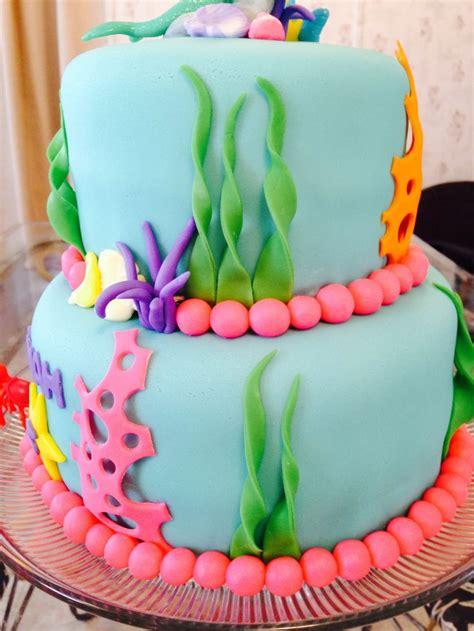 best 25 mermaid birthday cake ideas on ariel cake mermaid birthday cakes