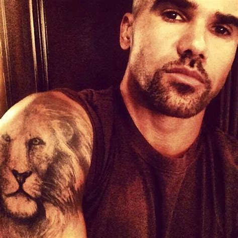 shemar moore tattoos 106 best images about sfm shemar on