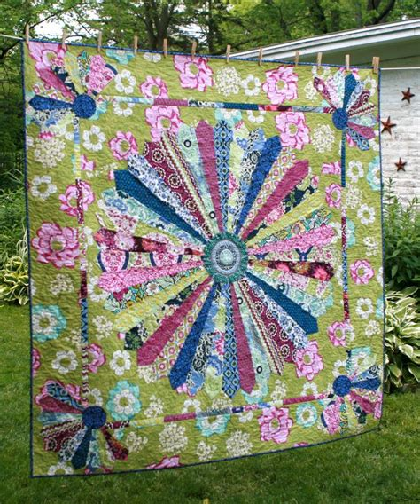 Quilt Dresden Plate Pattern by 496 Best Images About Dresden Plate Quilts On